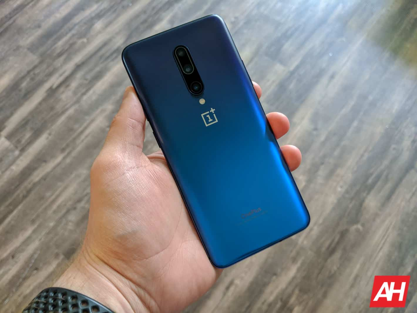 OnePlus 7 Pro Review AM AH 5