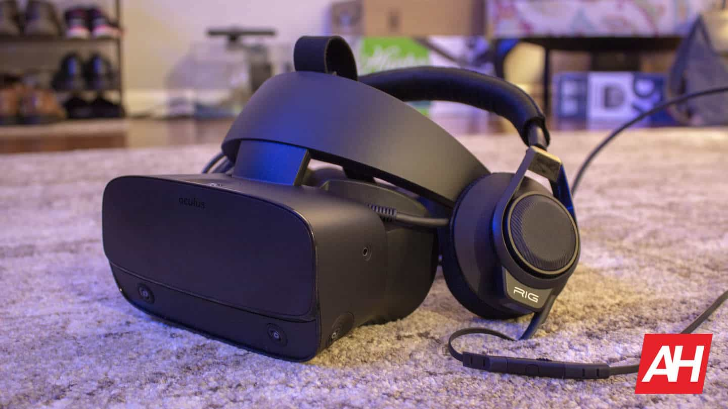 Oculus Rift S with Headphones attached
