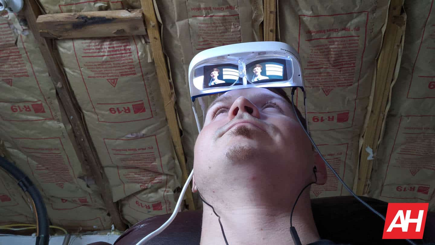 DreamGlass Air AR Glasses AH NS see from the bottom