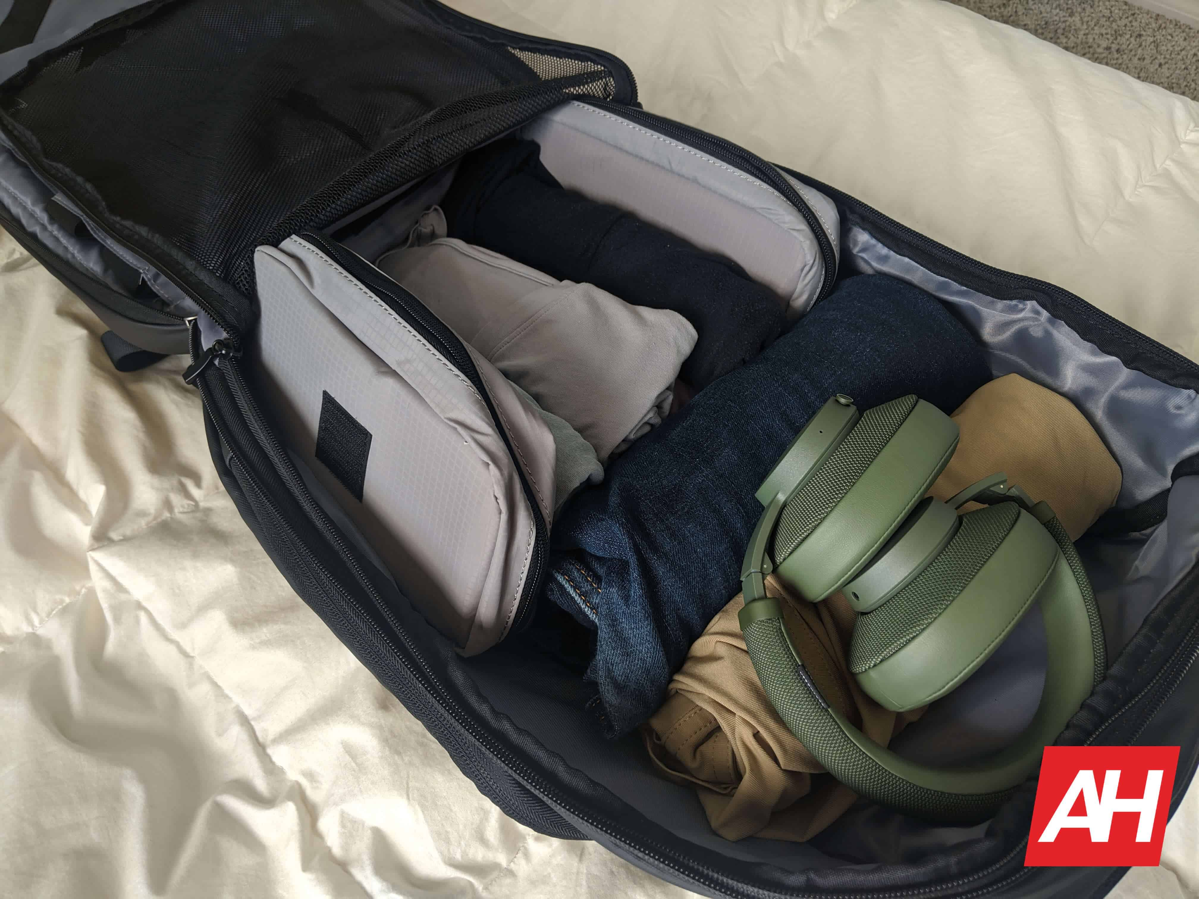 Nayo Smart Almighty Backpack Review 10
