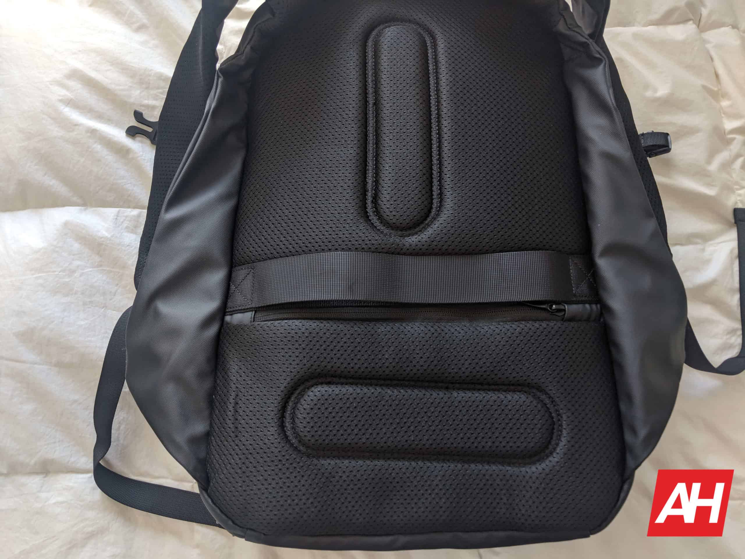 Nayo Smart Almighty Backpack Review 15