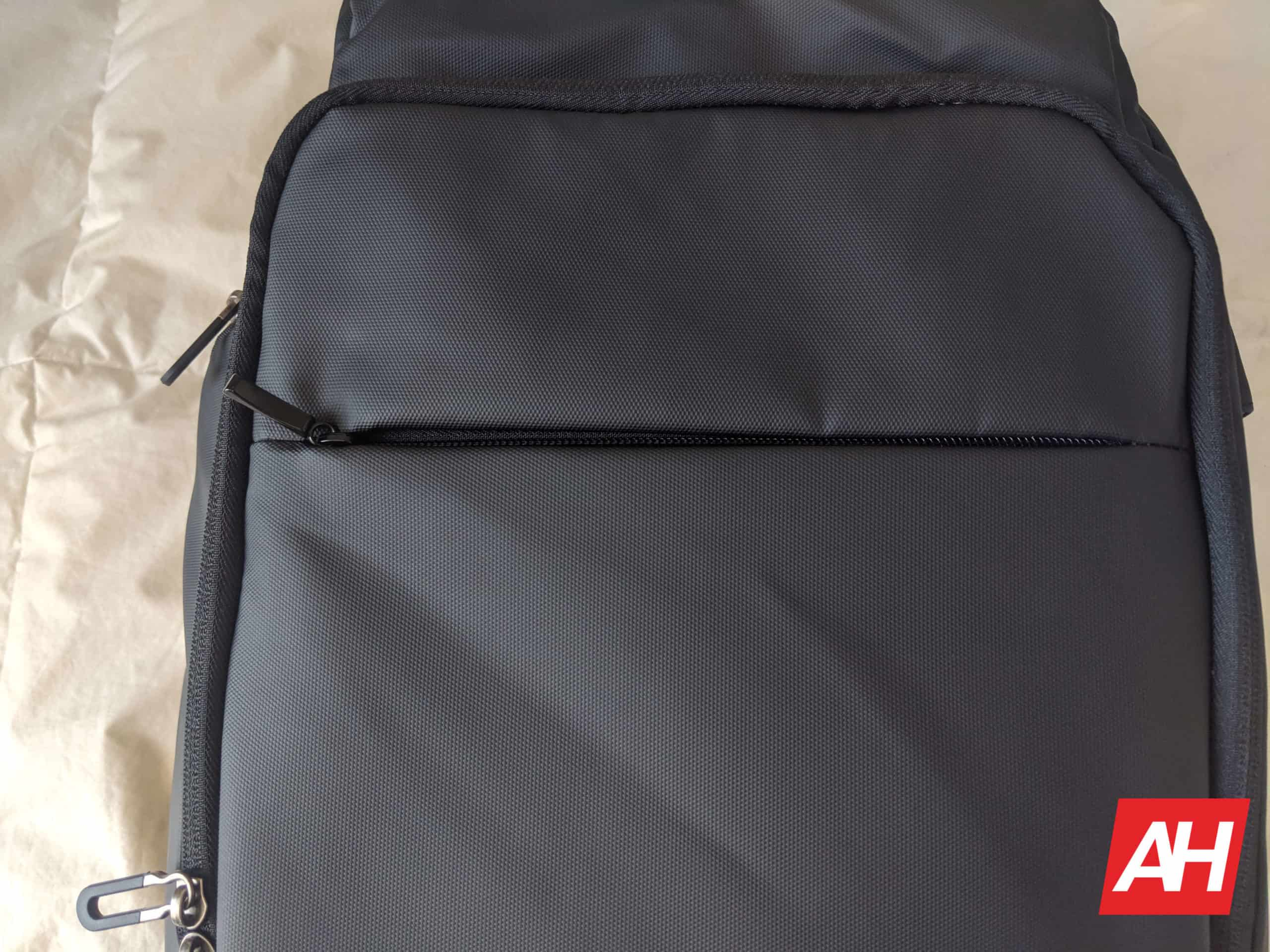 Nayo Smart Almighty Backpack Review 16
