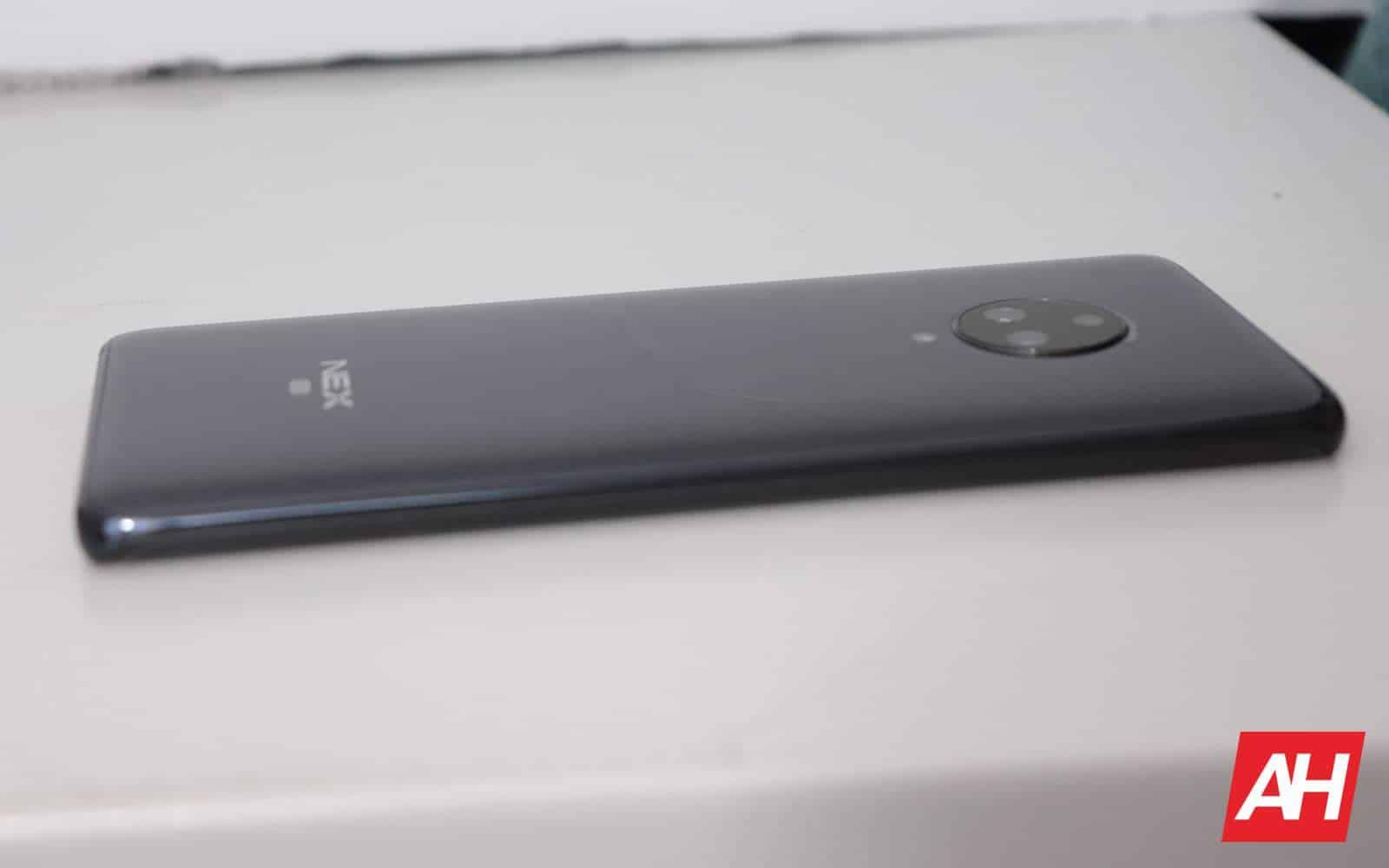 02 5 Vivo NEX 3 5G Review Hardware AH 2019