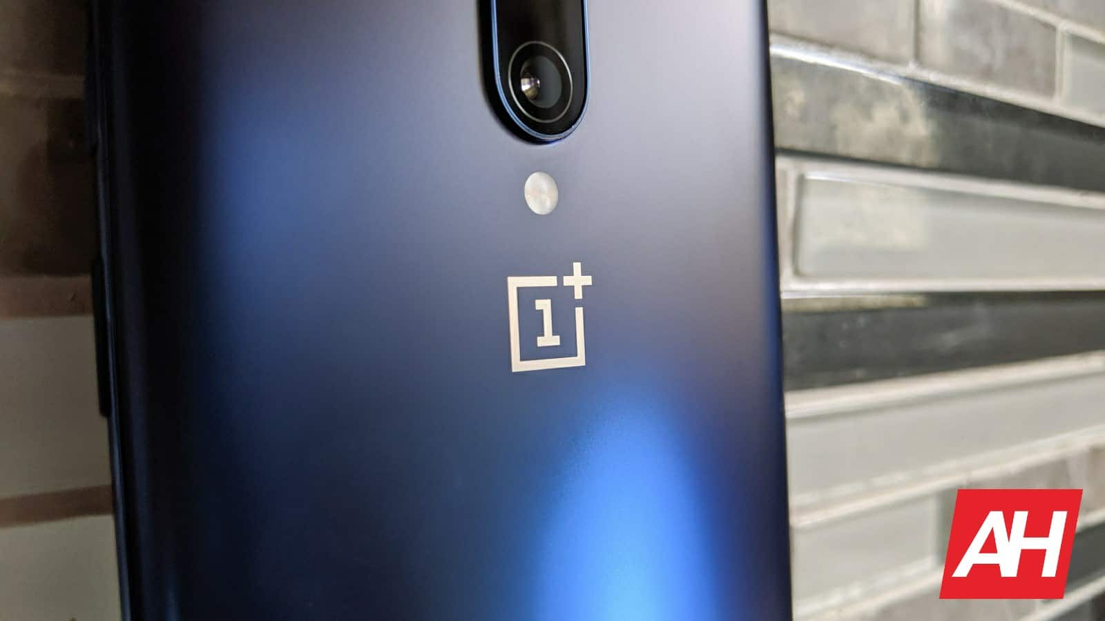 OnePlus Makes the OnePlus 8 and OnePlus 8 Pro Official