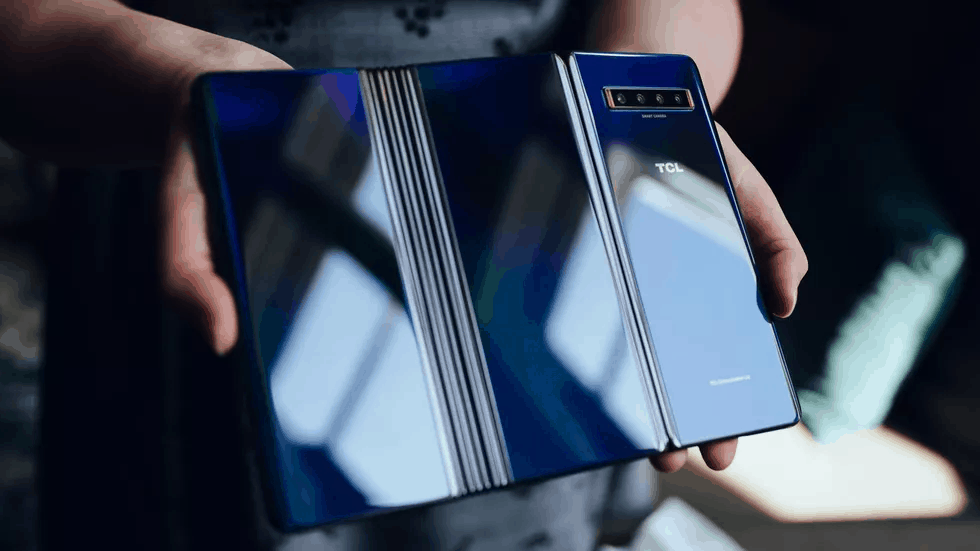 TCL prototype foldable smartphone image 7