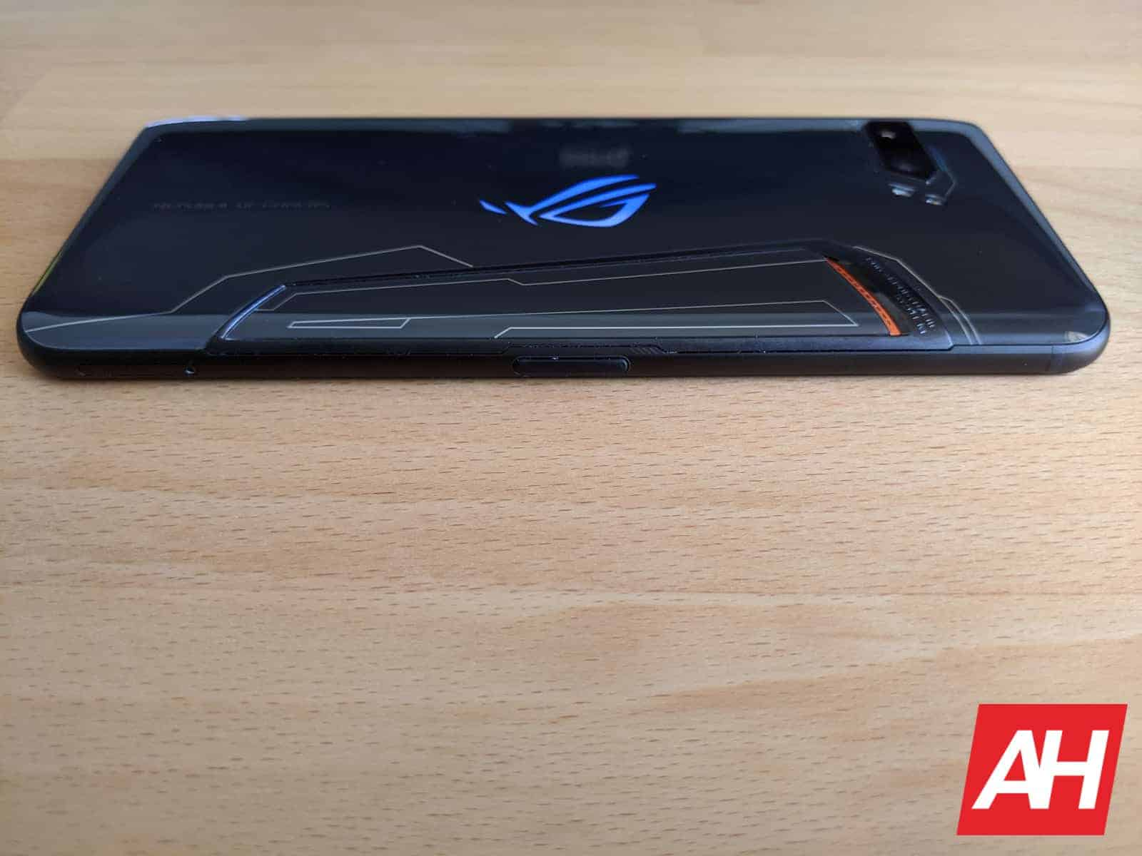 ASUS ROG Phone II 5