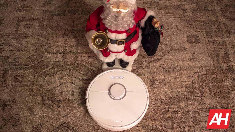 Roborock with Santa