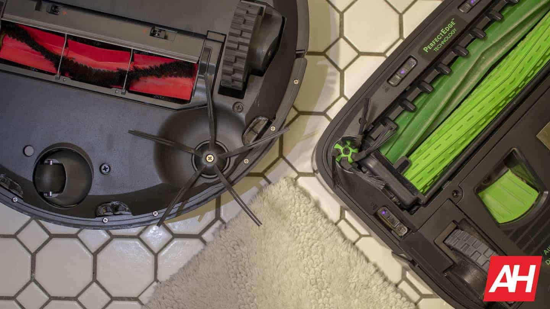 Roborock vs Roomba side brush