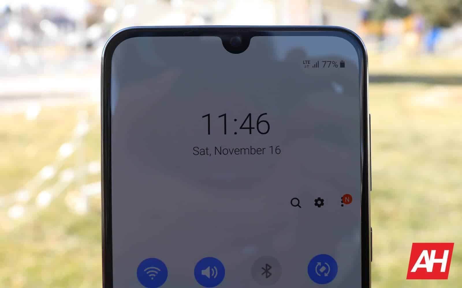 Samsung Galaxy A50 Review 09 connections AH 2019