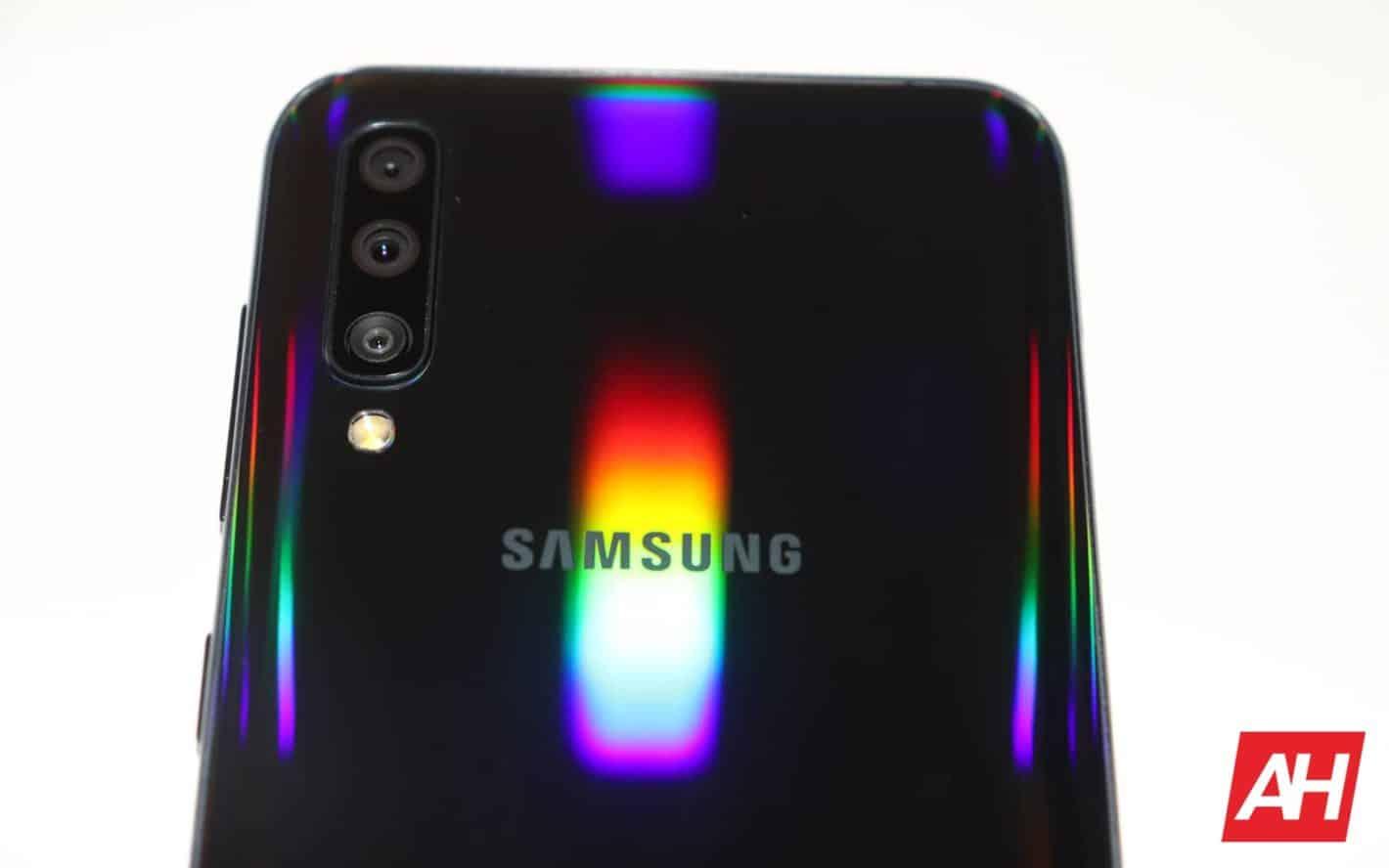 Samsung Galaxy A50 logo DG 05 AH 2019
