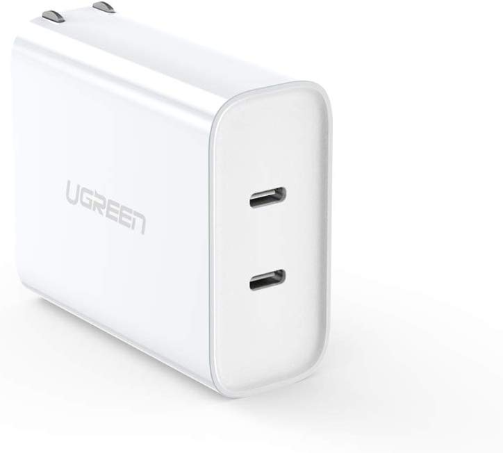 UGREEN 36W PD charger image 1