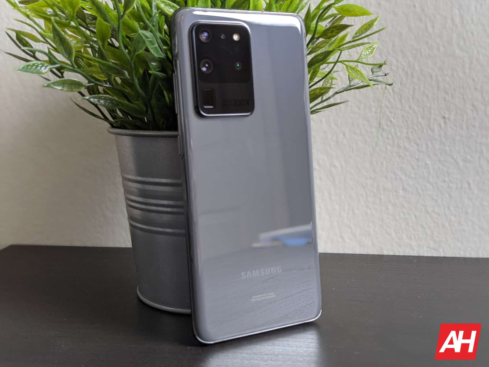 Samsung Galaxy S20 Ultra Review AM AH 8
