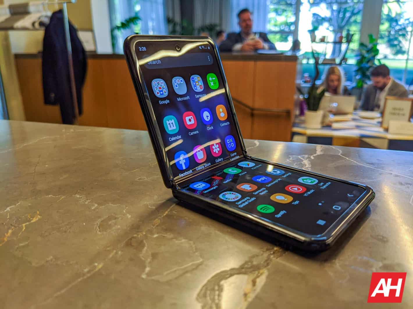 Samsung Galaxy Z Flip AM AH 13