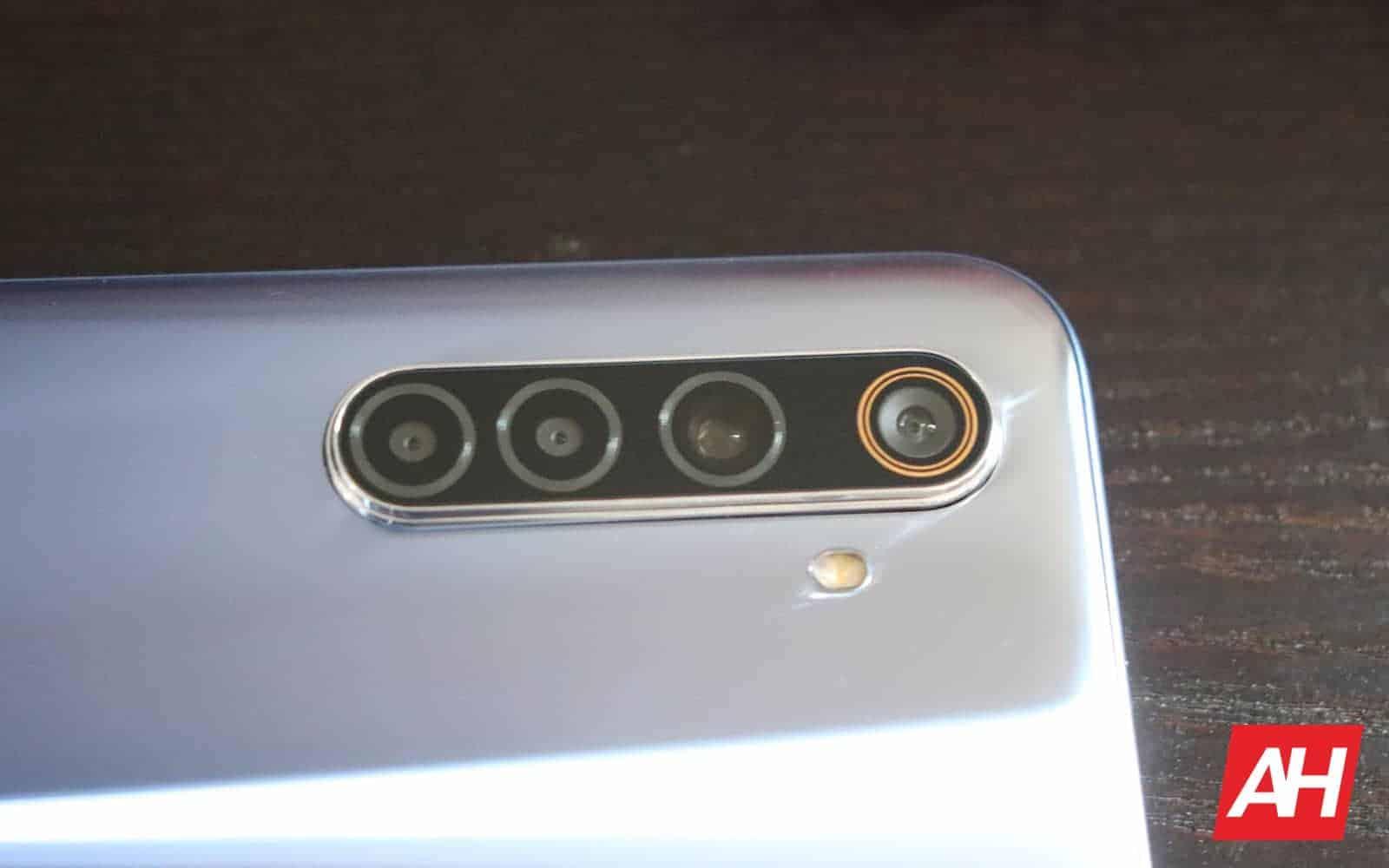 06 realme 6 review cameras AH 2020