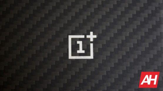 AH OnePlus logo 222