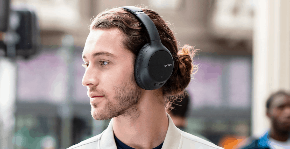 Sony WH CH710N headphones 1