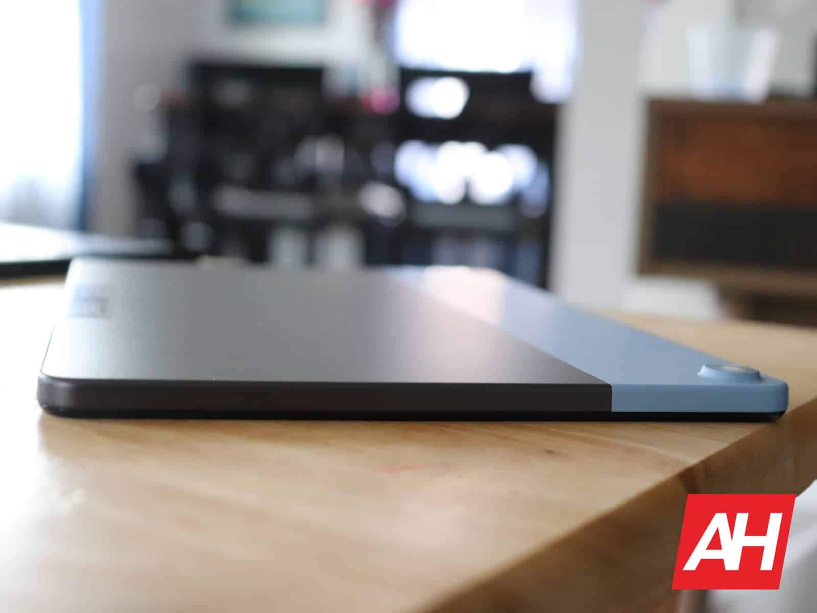 02 2 Lenovo IdeaPad Duet Hardware AH 2020