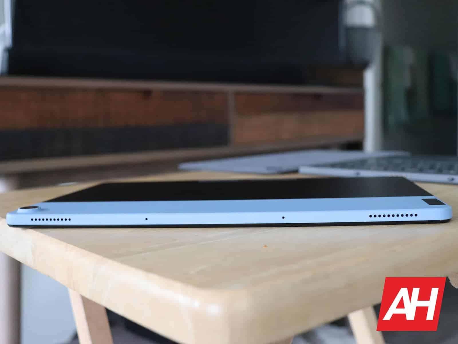 02 3 Lenovo IdeaPad Duet Hardware AH 2020