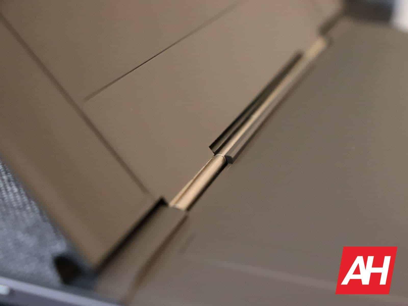04 4 Lenovo IdeaPad Duet Hardware AH 2020