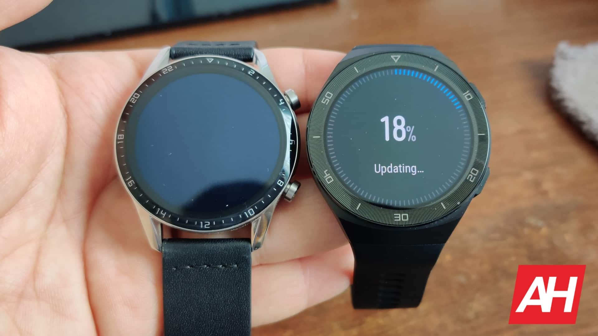 AH Huawei Watch GT 2 vs GT 2e comparison