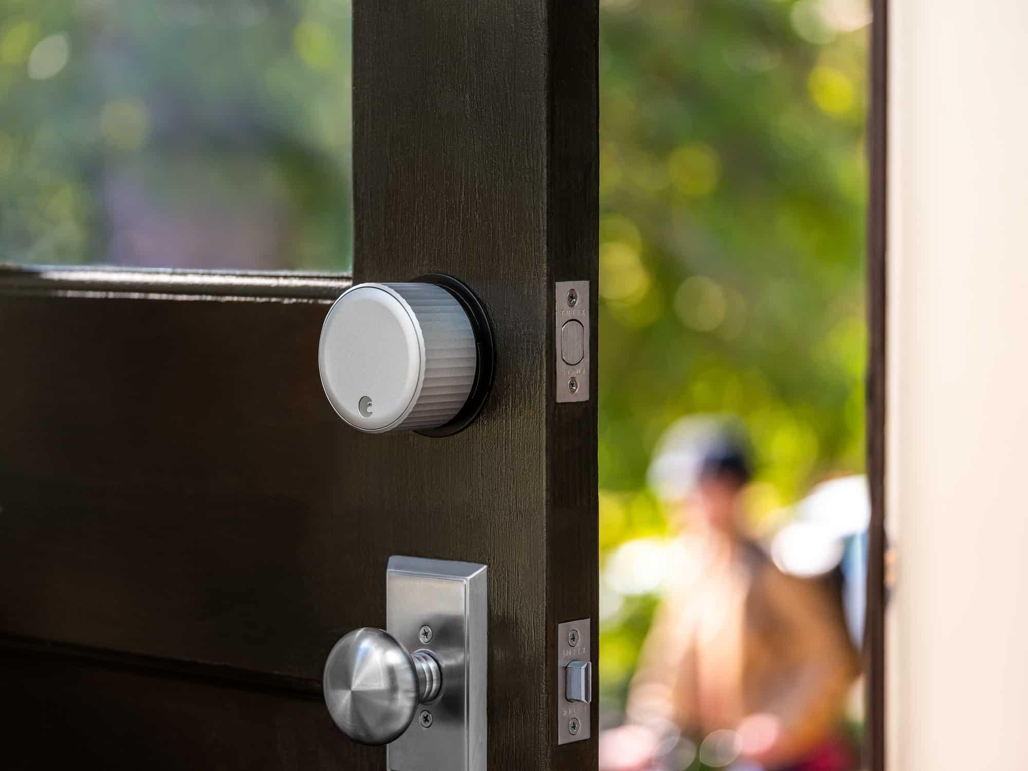 August Wi Fi Smart Lock Silver trex5906 RGB