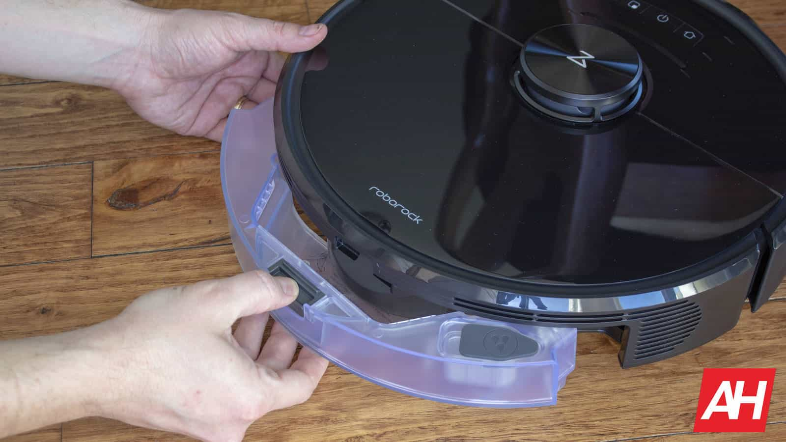 Roborock S6 MaxV mop bin