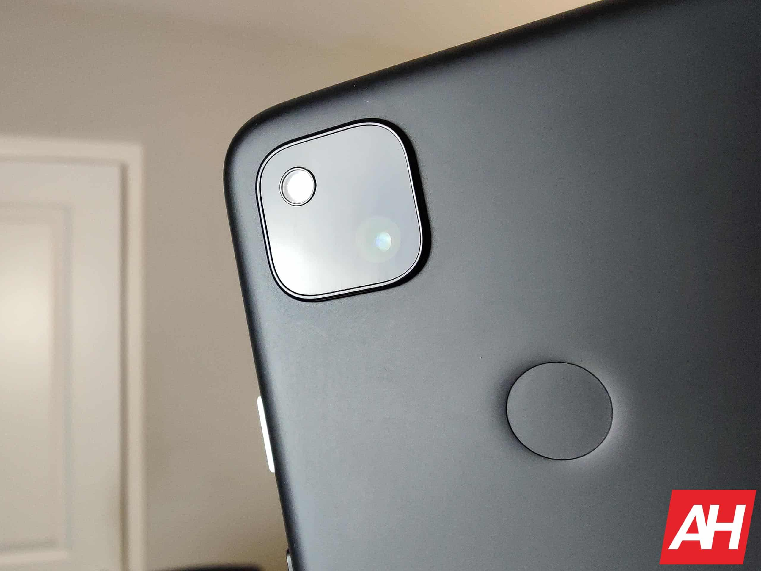 Google Pixel 4a Review AM AH 4