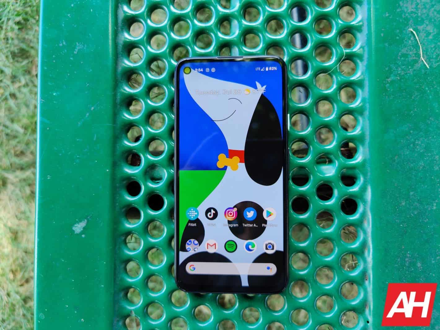 Google Pixel 4a Review AM AH 9