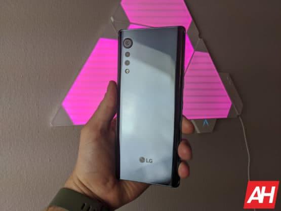 LG Velvet Review AM AH 7