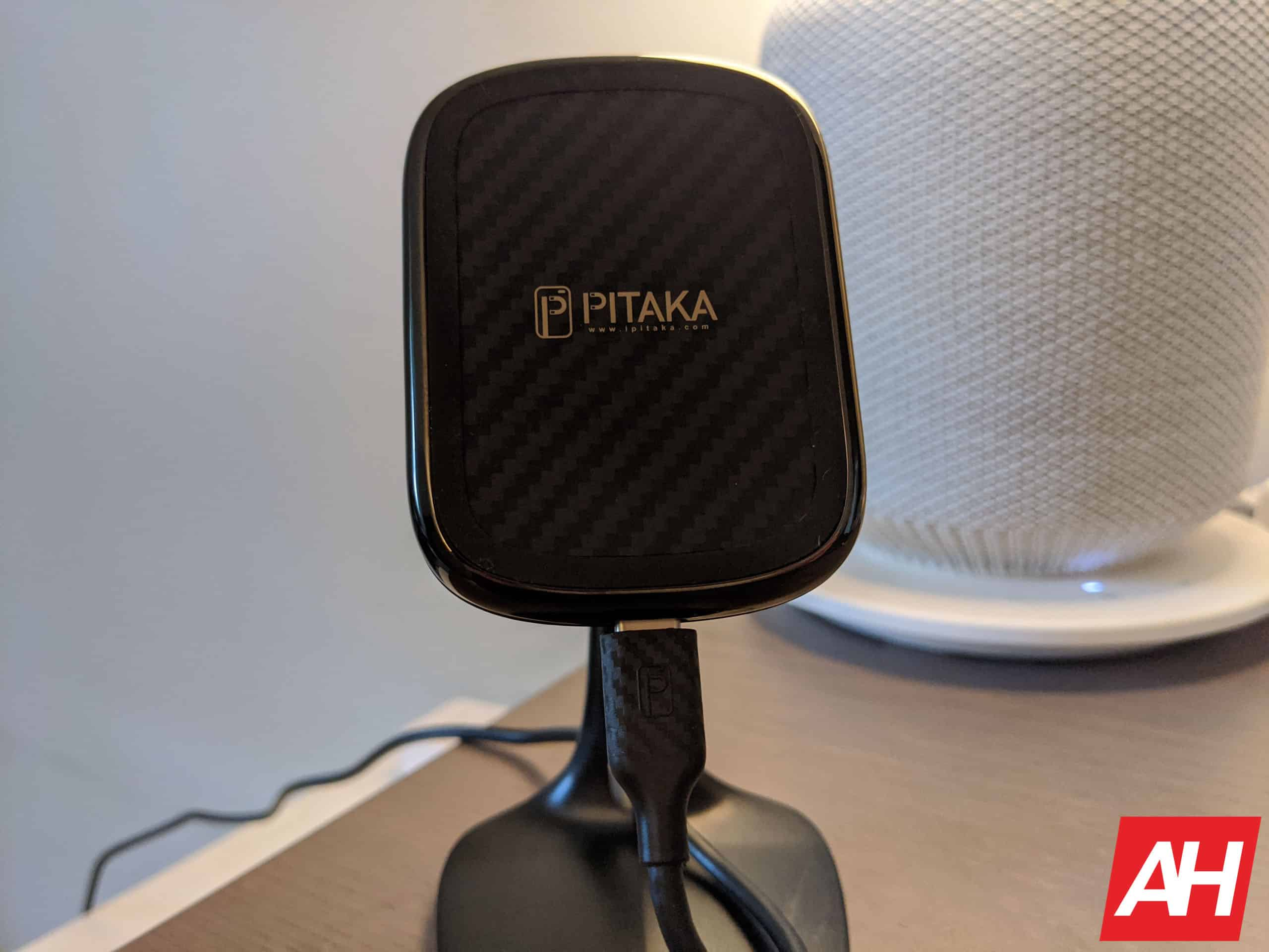 Pitaka wireless charger review AM AH 1