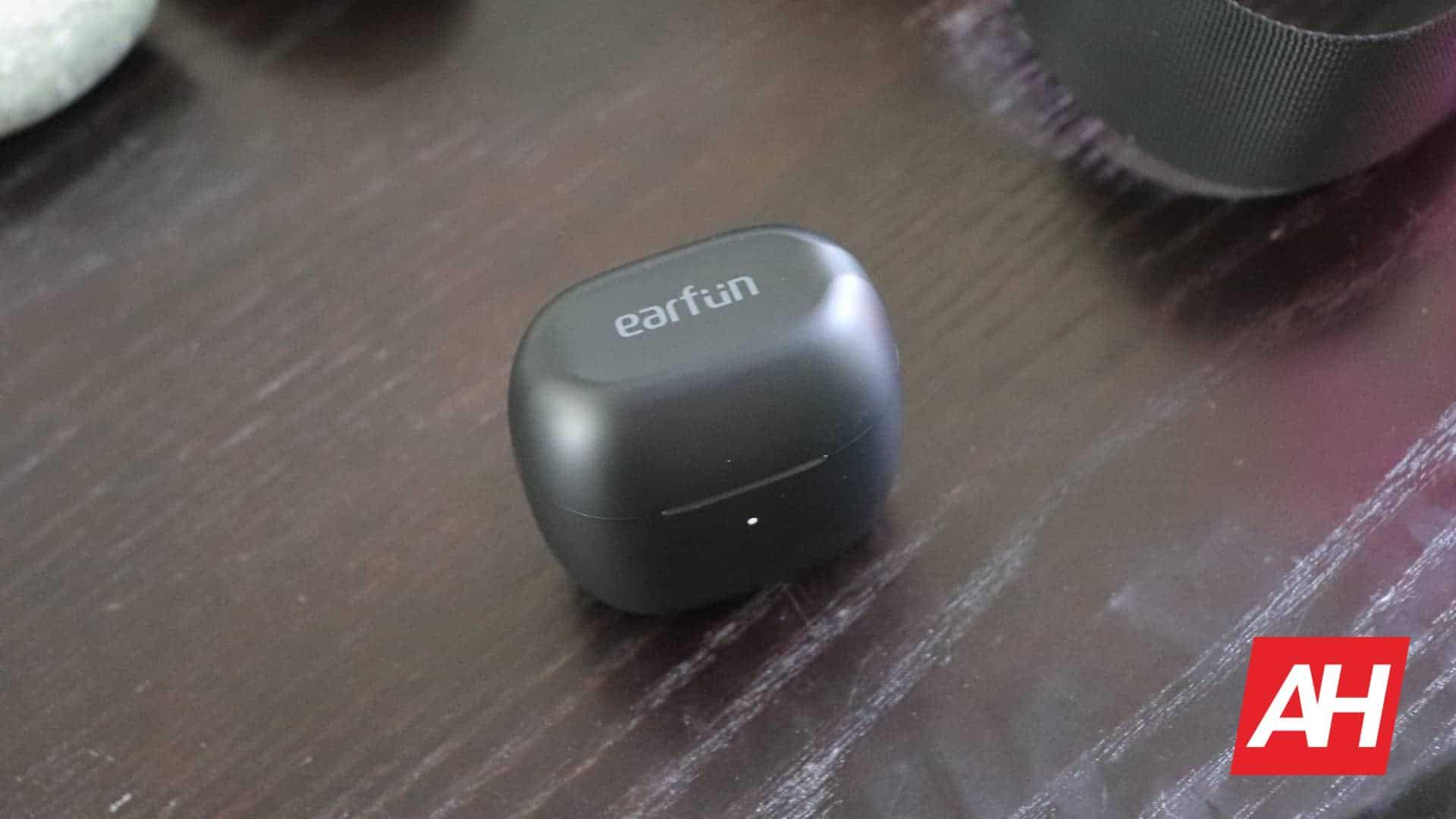 01 EarFun Air Hardware Review AH 2020