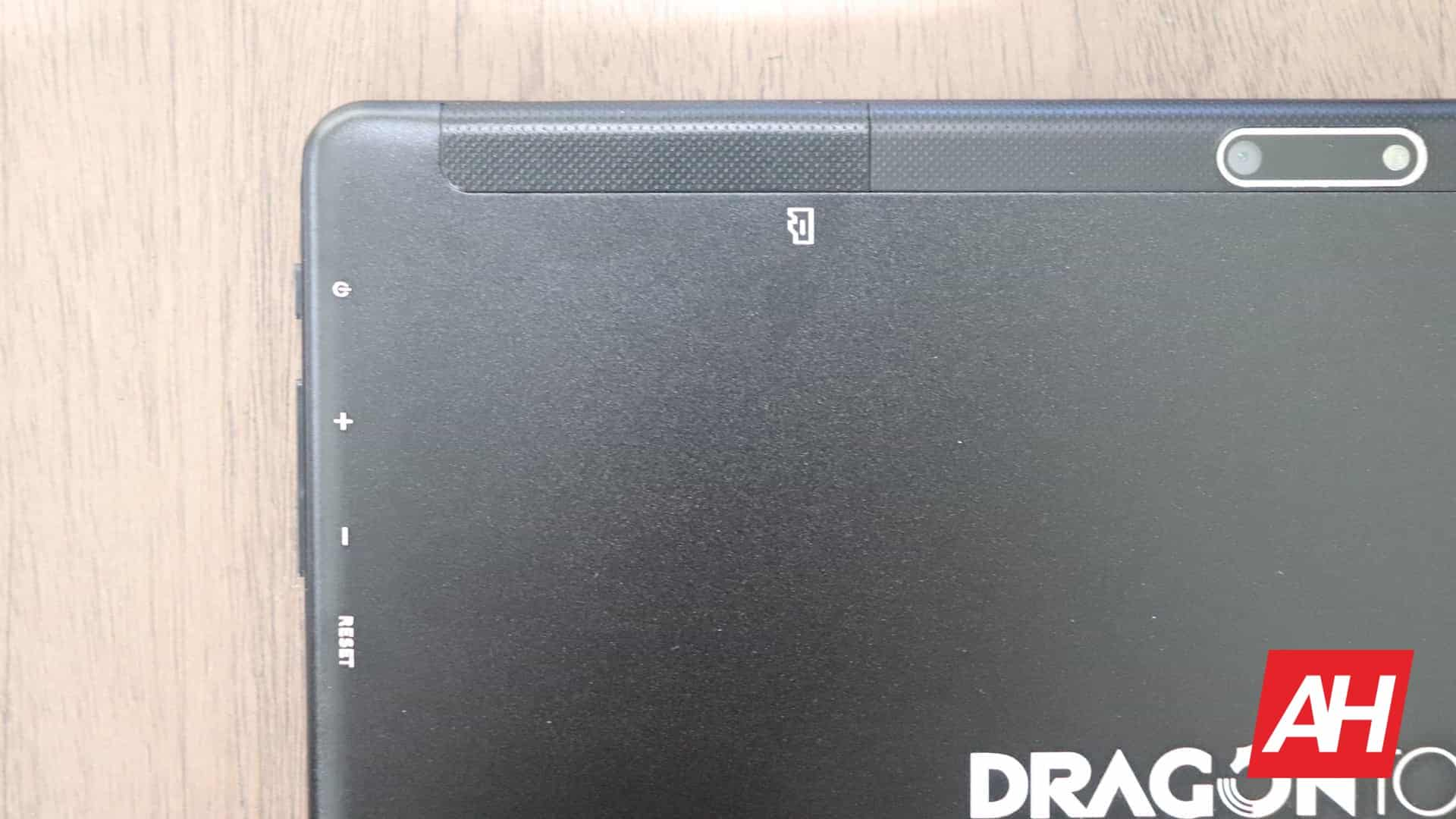 01 0 Dragon Touch Max 10 Tablet Review Hardware AH 2020