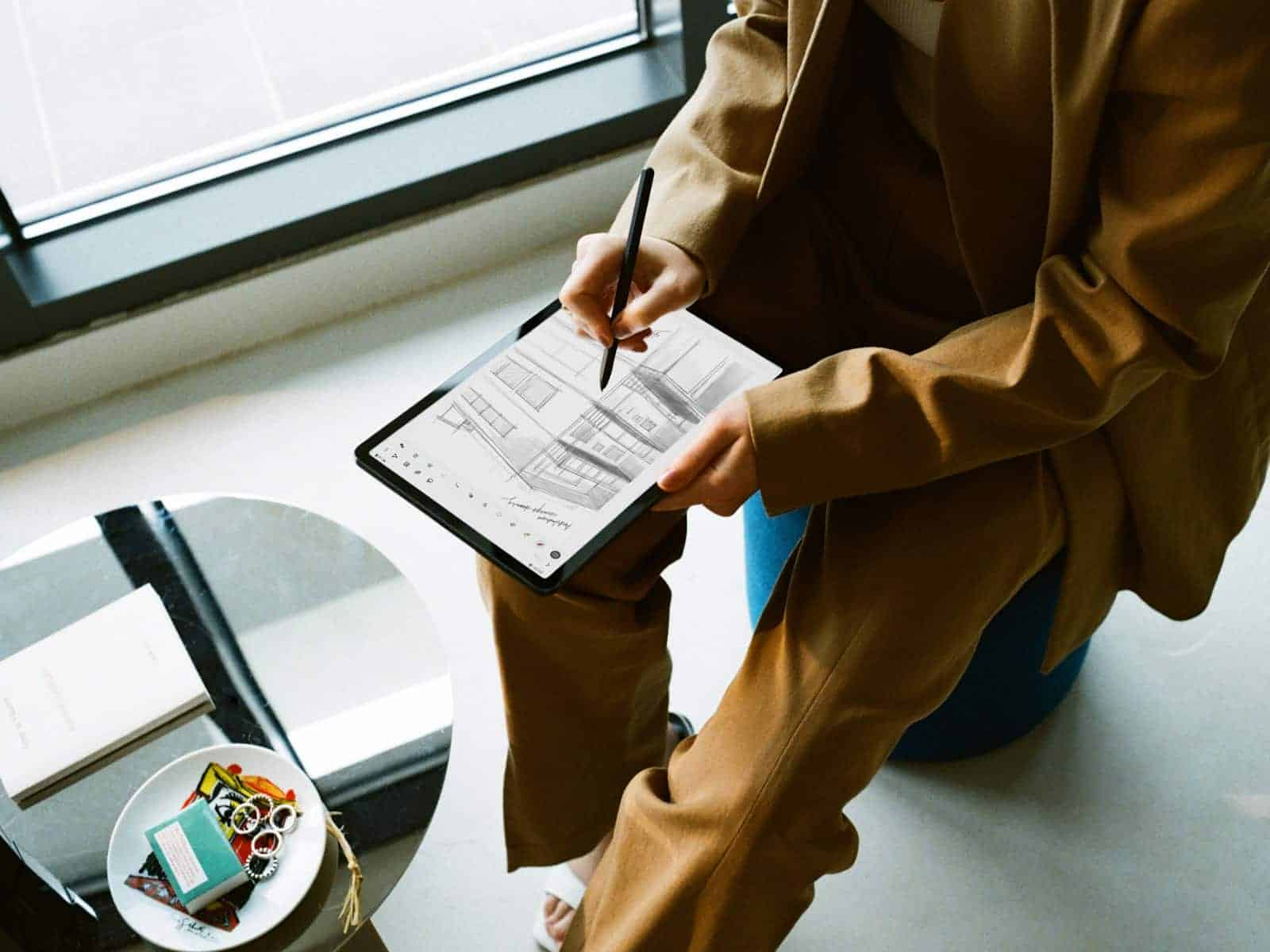 Galaxy Tab S7 S7 Lifestyle Image 5