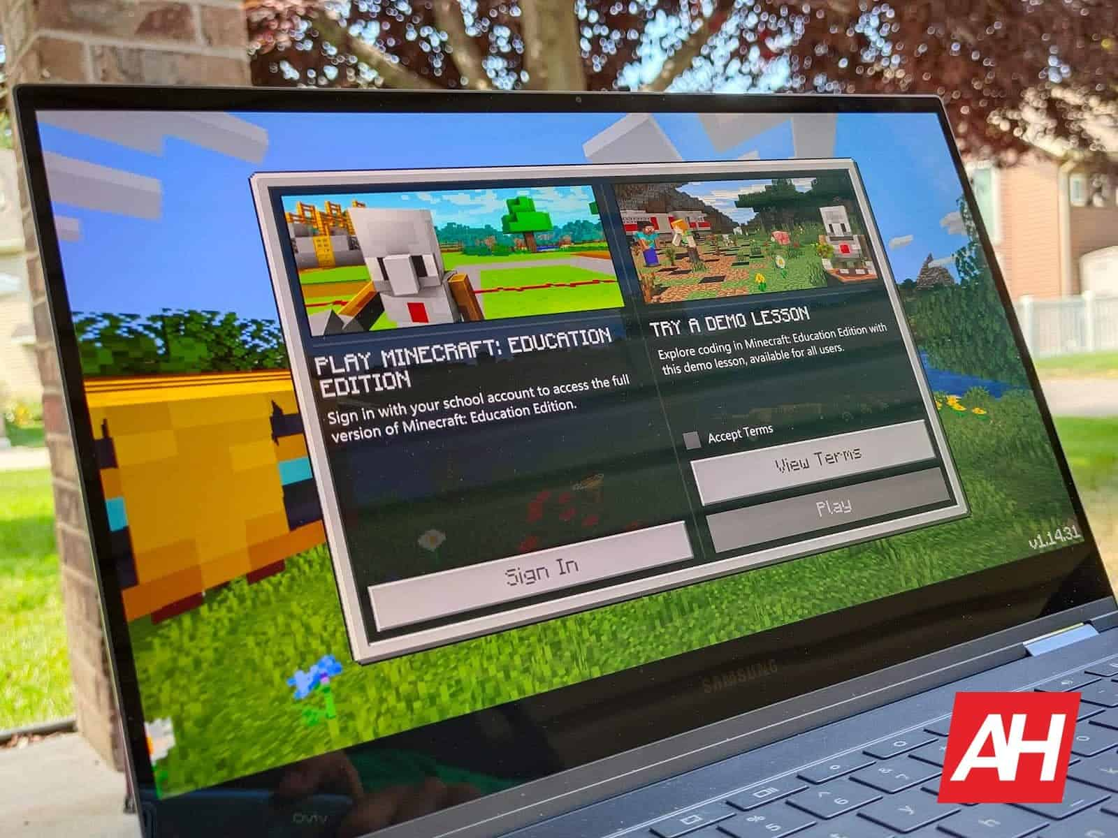 You Can Finally Dig Into Minecraft: Education Edition On Chromebooks