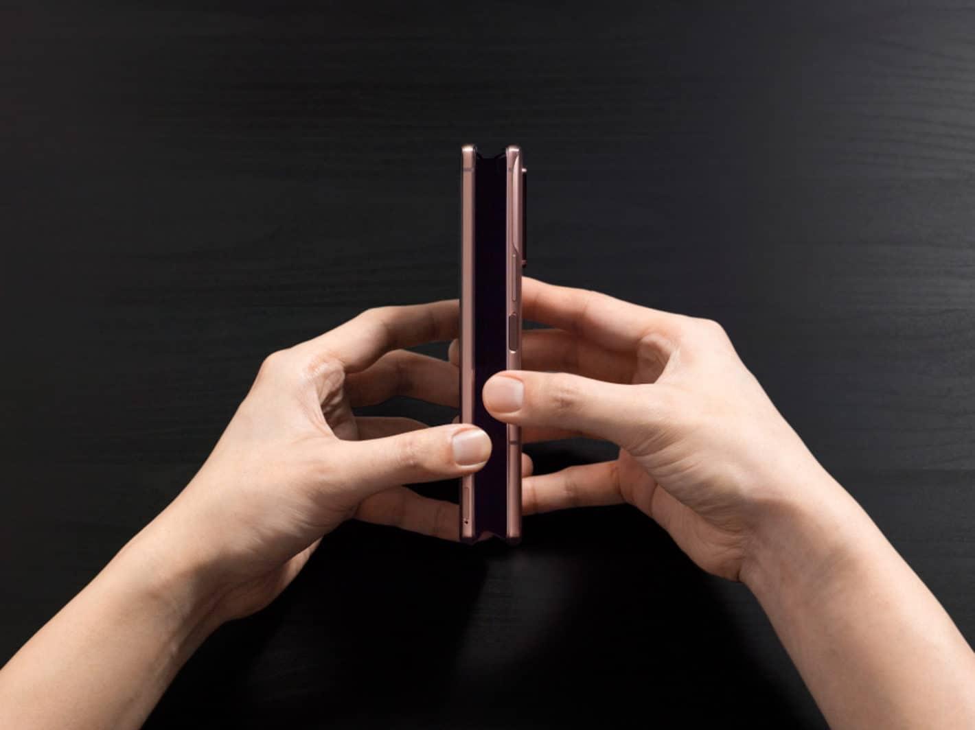 Samsung Galaxy Z Fold 2 2