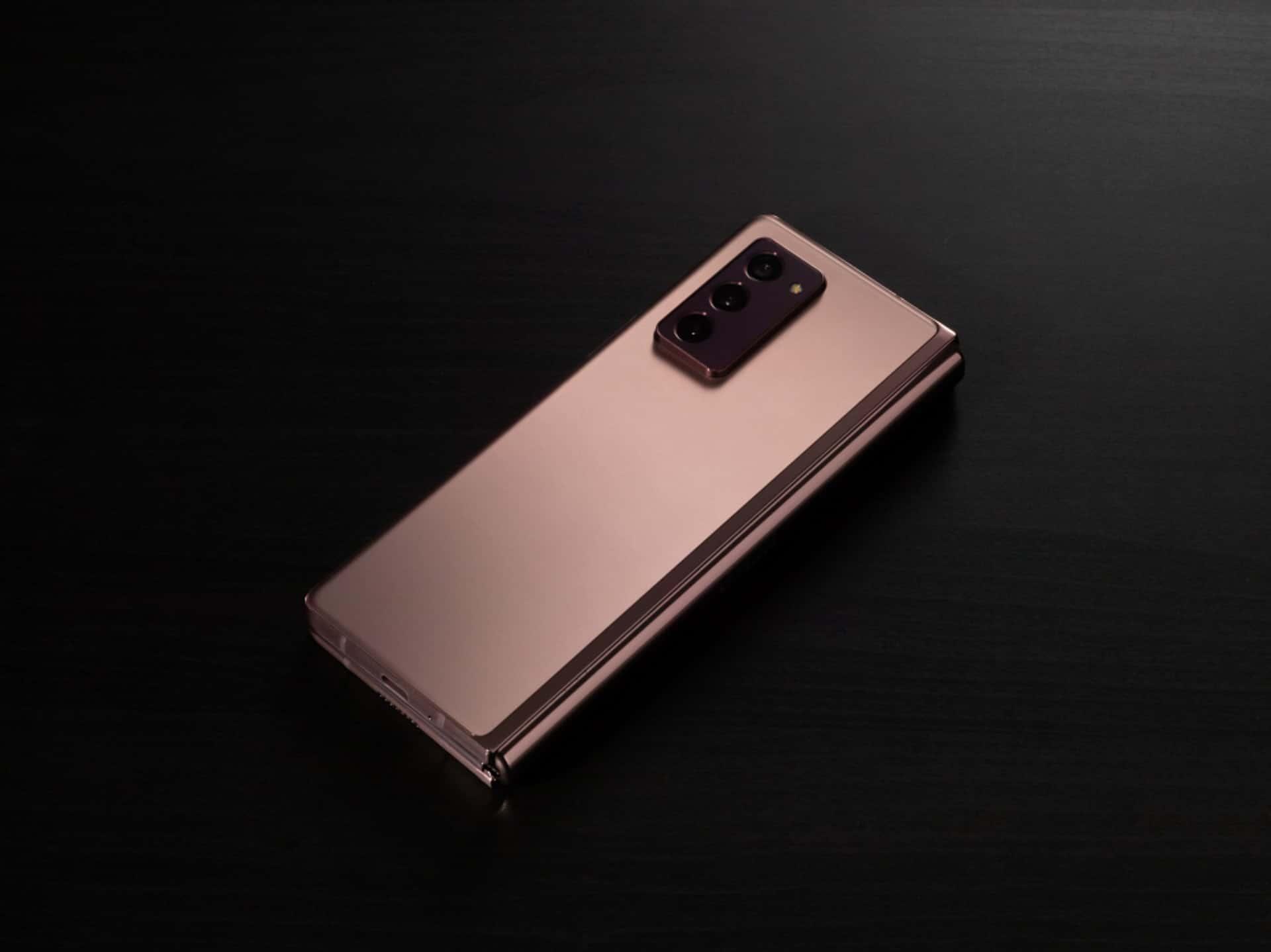Samsung Galaxy Z Fold 2 7