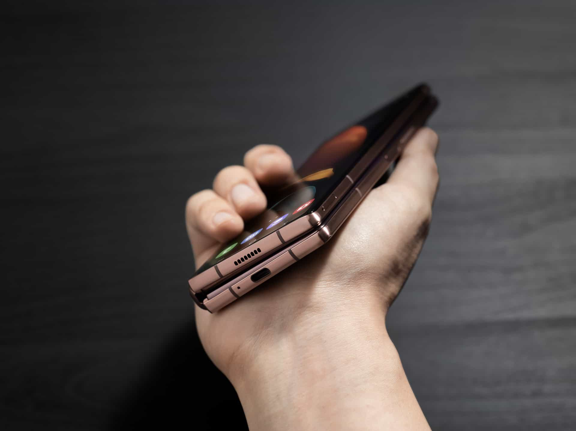Samsung Galaxy Z Fold 2 Announced With Bigger Displays ...