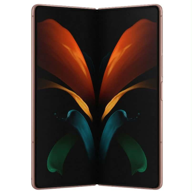 Samsung Galaxy Z Fold 2 render leak 1 4