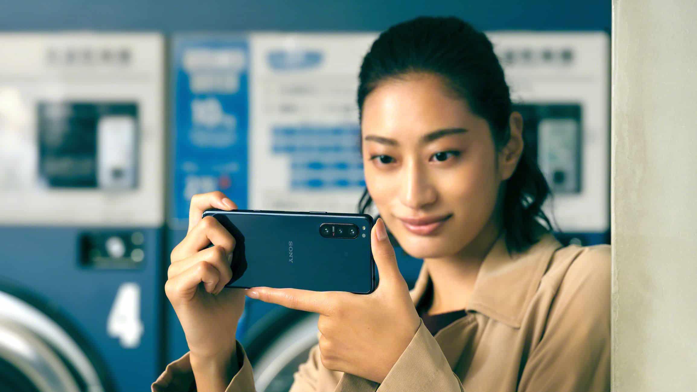 Sony Xperia 5 II render leak 8