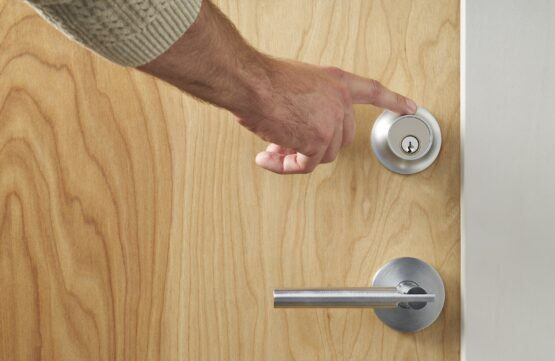 level touch smart lock