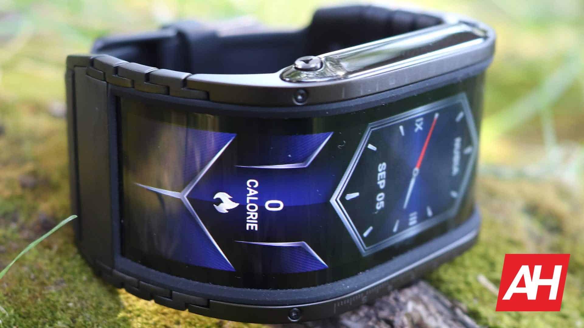 02 Nubia Watch Review Display DG AH 2020