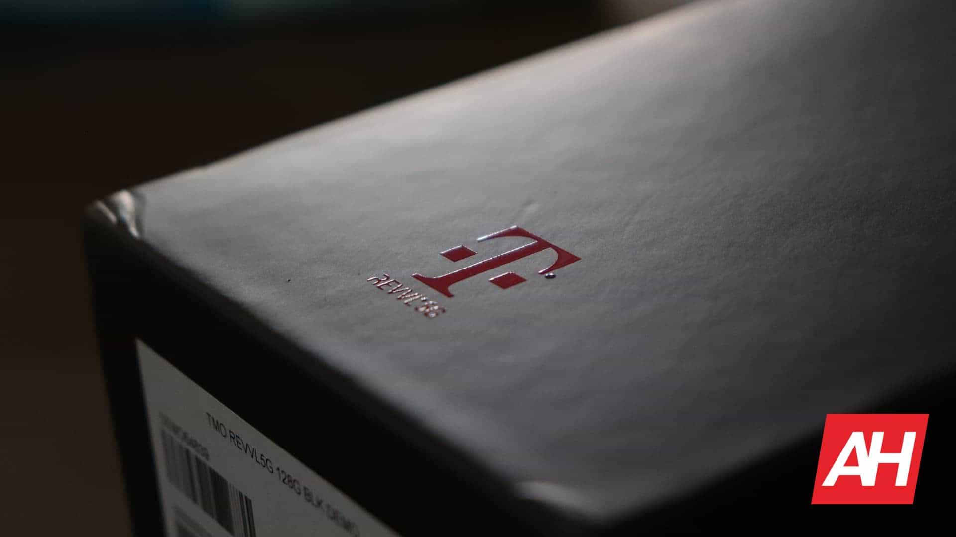02 T Mobile Logo REVVL DG AH 2020