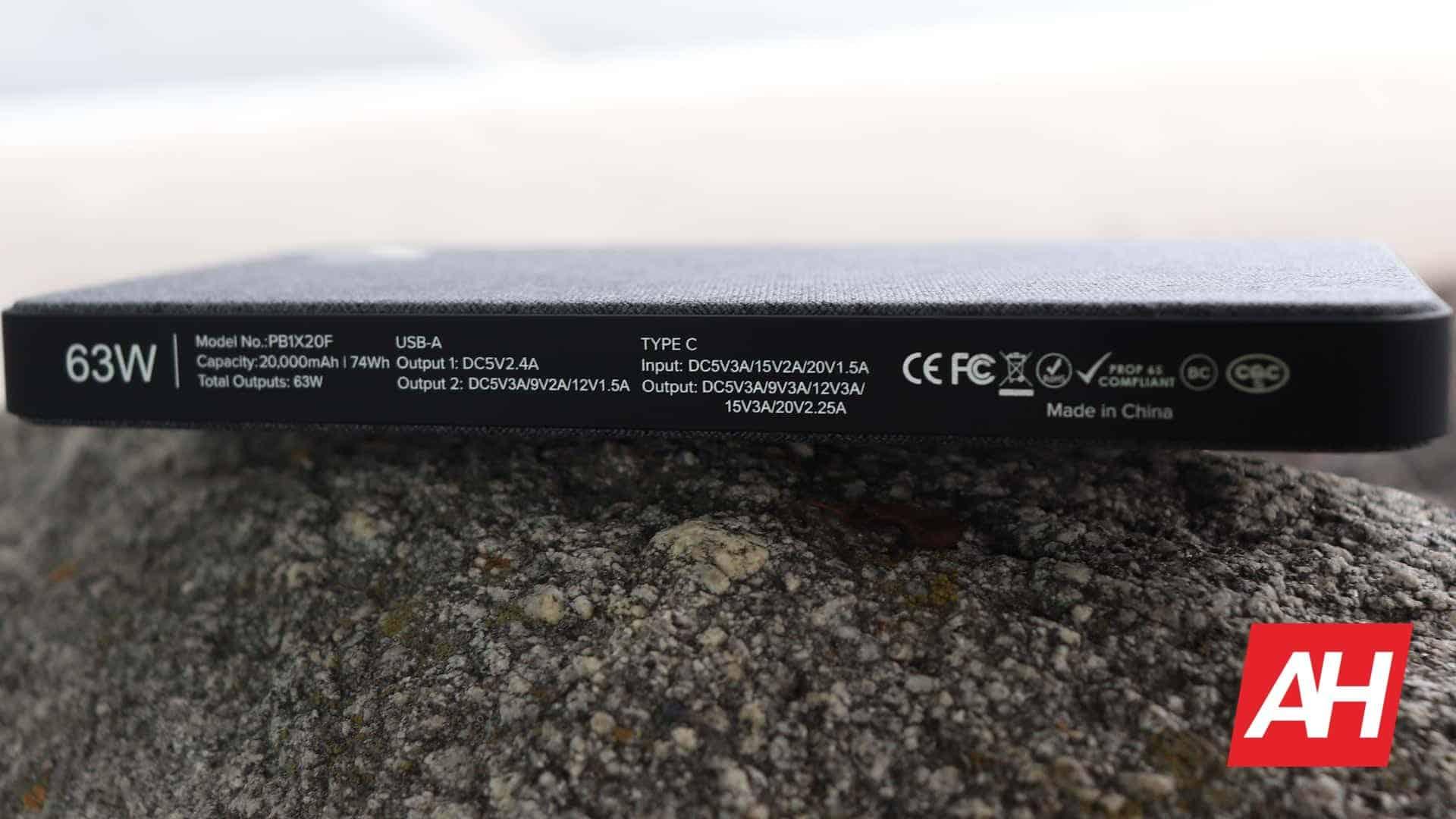 04 1 hardware Eggtronic PB1X20F Laptop Powerbank Review DG AH 2020