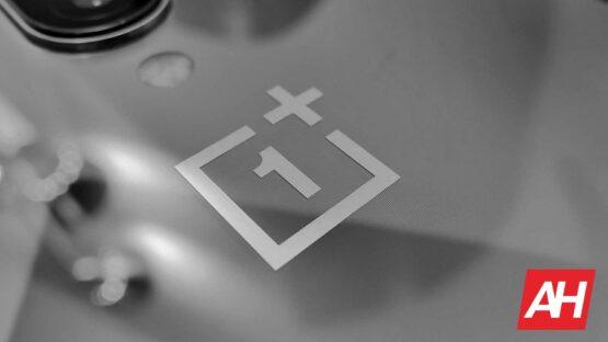AH OnePlus 8 logo 1
