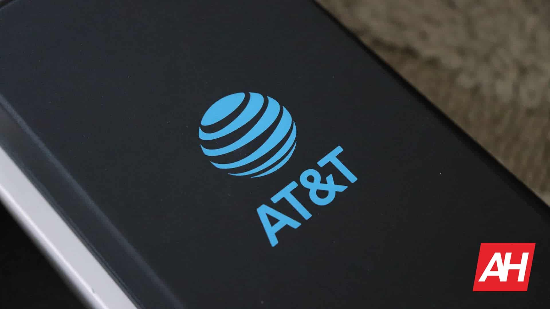 AT&T Has A Way For Low-Income Families To Save On Broadband Bills