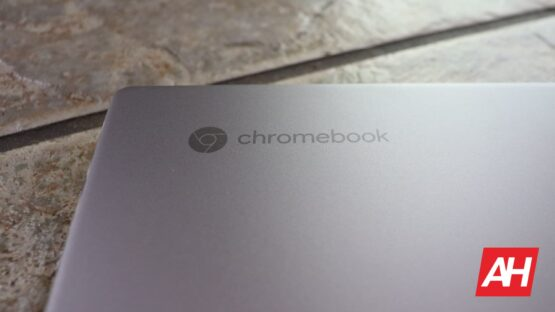 Chromebook Logo Spin 713 DG AH 2020