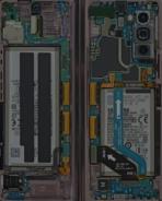 Galaxy Z Fold 2 teardown wallpaper sample 2
