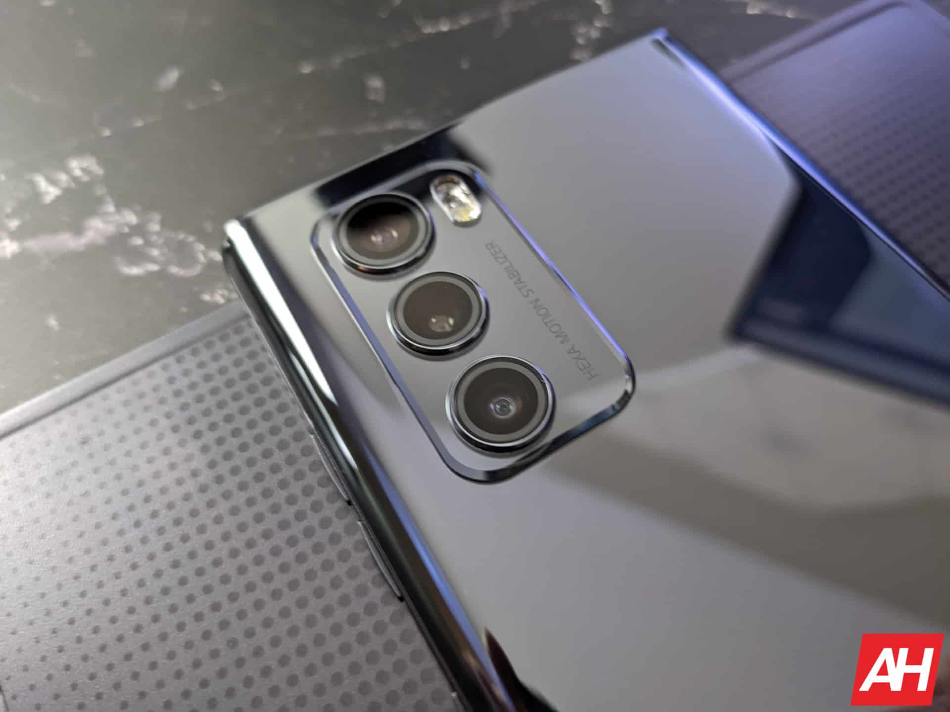 LG Wing Hands On AM AH 2 5