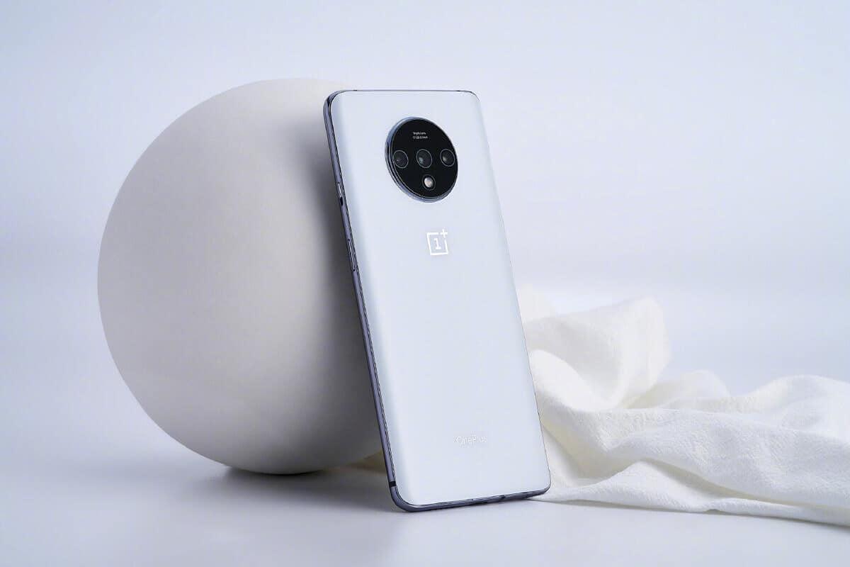OnePlus 7T White image 1