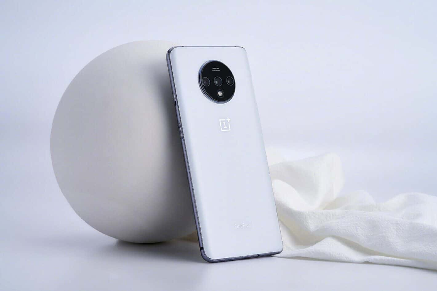 OnePlus 7T White image featured